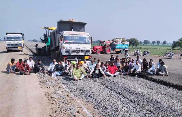lalakheda-farmers-protest-highway