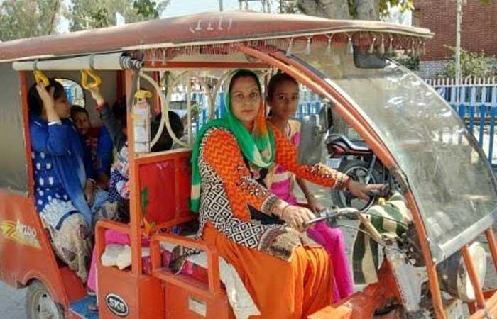 dhar-e-vehicle-women-driver