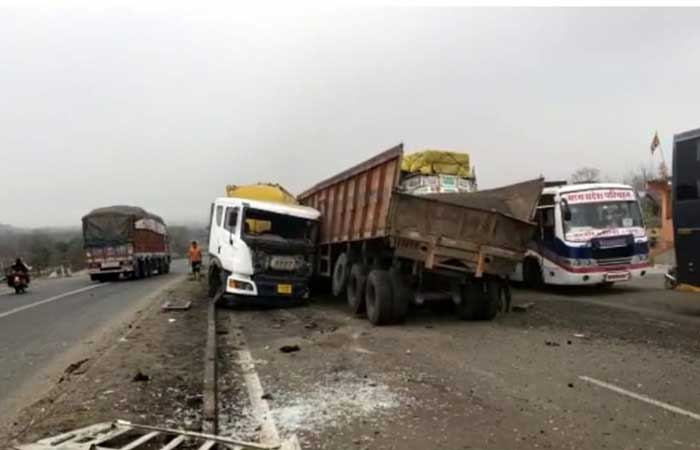 dhar-road-accident